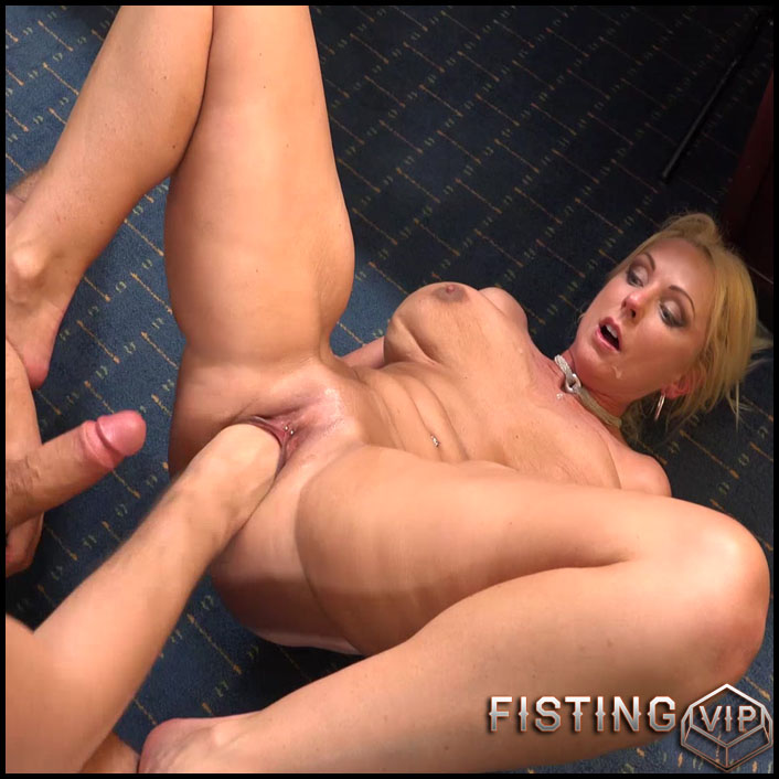 drunk sister wants to fuck